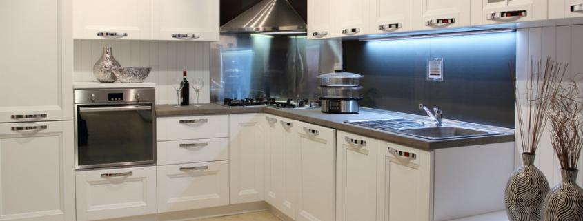 Modern cream coloured kitchen