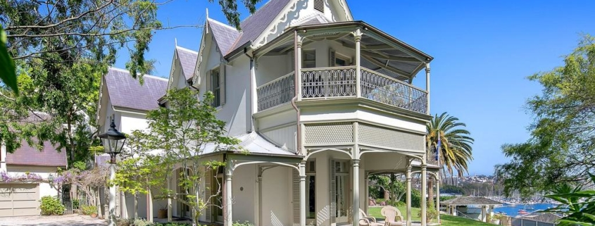 The Right Time to Downsize and Sell the Family Home